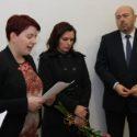 Judita Matyášová (vlevo) při vernisáži výstavy v Památníku Terezín; vpravo velvyslanec Izraele v ČR, Gary Koren. foto: Radim Nytl, Památník Terezín