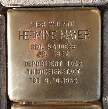 Stolperstein devoted to Hermine Mayer, source: Internet.
