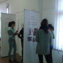 Žáci zpracovávají pracovní listy k výstavě Sofiina volba po česku