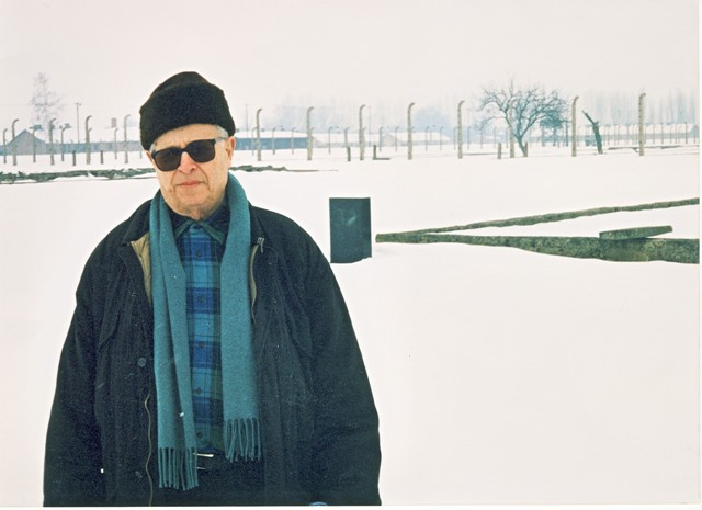 Frantisek Kraus in front of block 32 in Auschwitz-Birkenau after years