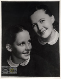 MÚ AAV, AAV ČR, f. Zdeněk Nejedlý, The collection of photos, k. F6, inv. č. 458, Zdena Nedvědová with her daughter Hana, September 1945.